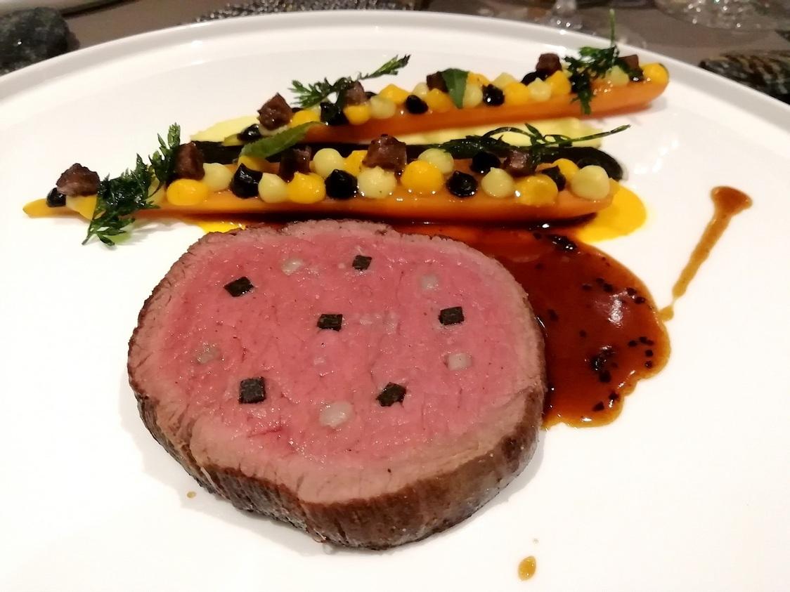 Filet-de-bœuf-clouté-©-Gourmetsco-
