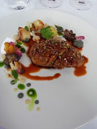 Ris-de-veau-jus-fève-de-tonka-©-Gourmetsco-.-.jp_-340x453